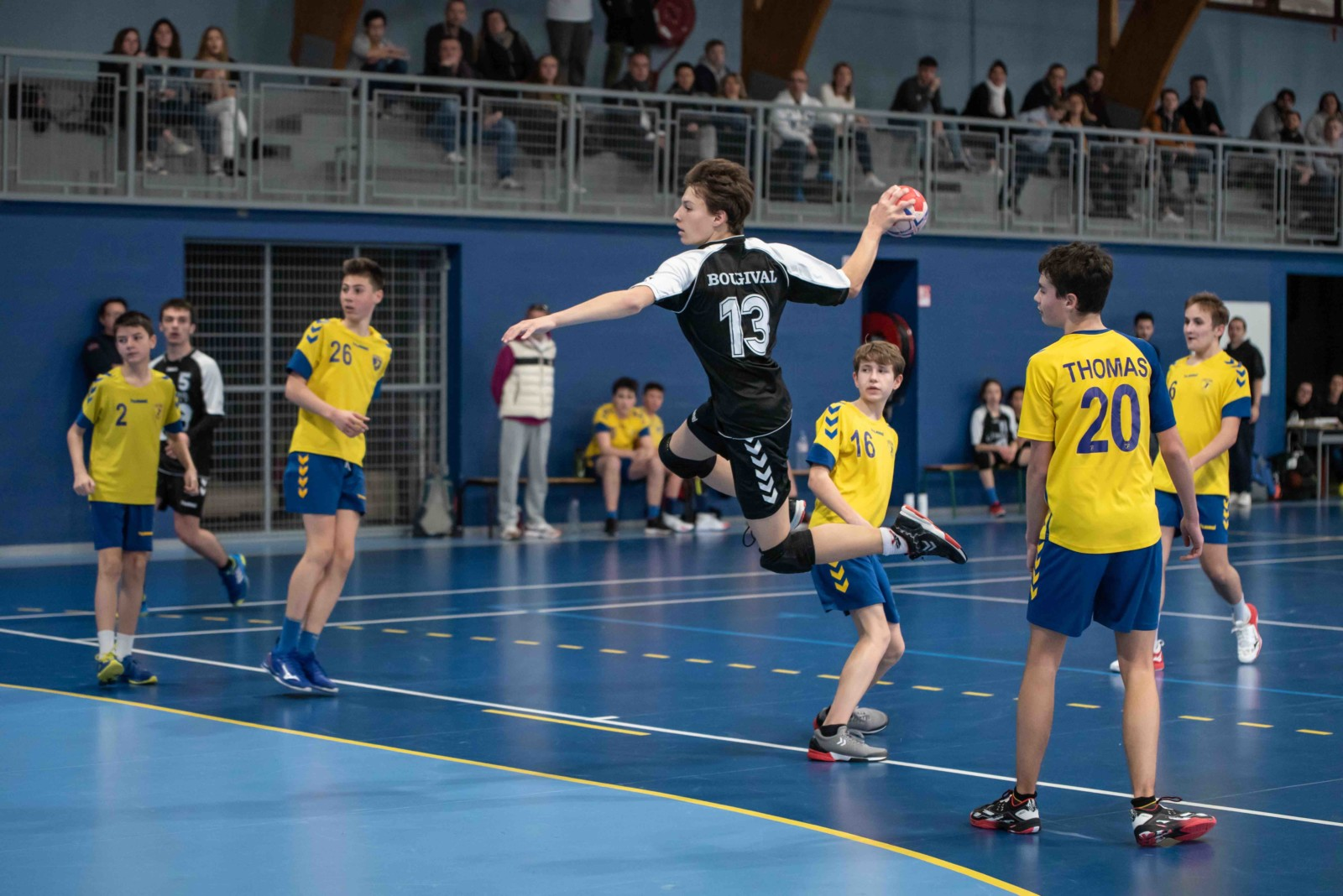 A la rencontre des associations bougivalaises :                                                                                                     LE HANDBALL